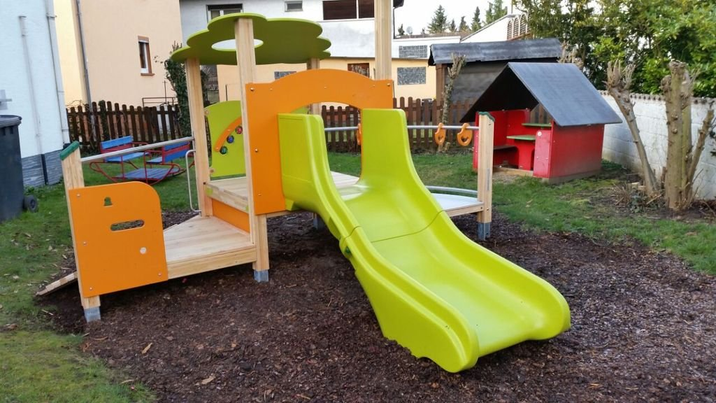Klettergerüst Für Kleinkinder : Ein neues klettergerüst aktuelles kinderkrippe nestflüchter e.v.